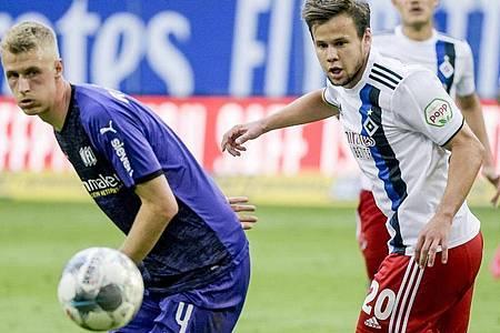 Der HSV verschenkte erneut wichtige Punkte im Aufstiegsrennen. Foto: Axel Heimken/dpa