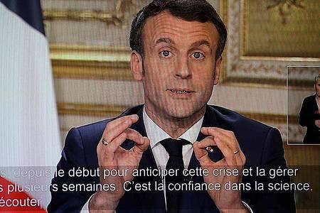 TV-Ansprache von Emmanuel Macron am 12. März zum Coronavirus. Im Kampf gegen die Pandemie wollen sich die Staats- und Regierungschefs der G7-Staaten in einer Videokonferenz beraten. Foto: Ludovic Marin/AFP/dpa