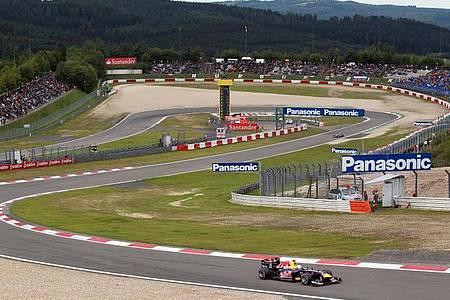 Der Formel-1-Zirkus könnte wohl bald auf den Nürburgring zurückkehren. Foto: picture alliance / dpa