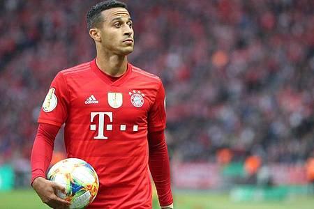 Soll von Bayern München in die Premier League zum FC Liverpool wechseln: Thiago. Foto: Jan Woitas/dpa