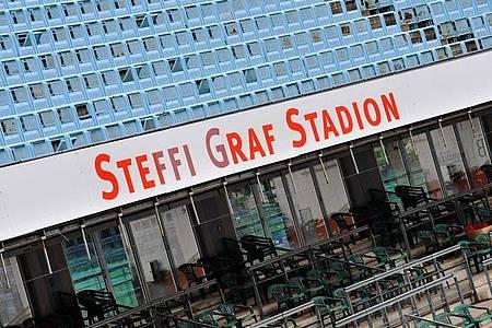 Schauplatz des Einladungsturniers inBerlin: Das Steffi-Graf-Stadion. Foto: Paul Zinken/dpa