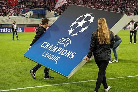 Auch eine mögliche Fortsetzung der Fußball-Champions-League ist unklar. Foto: Sebastian Kahnert/dpa-Zentralbild/dpa