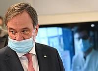 Armin Laschet (CDU), Ministerpräsident von Nordrhein-Westfalen, spricht im Zusammenhang mit einem geplanten Groß-Konzert Anfang September in Düsseldorf von einem falschen Signal. Foto: Henning Kaiser/dpa