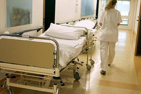 Rund um die Uhr: Schicht- und Nachtdienst ist in vielen Jobs Alltag - der Krankenpflege zum Beispiel. Foto: Sebastian Widmann/dpa
