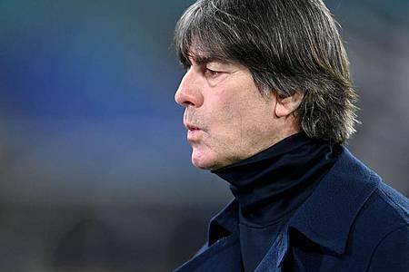 Hat das Vertrauen der DFB-Führung: Bundestrainer Joachim Löw. Foto: Robert Michael/dpa-Zentralbild/dpa