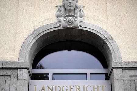 Der Eingang des Landgerichtes in Hagen. Foto: picture alliance / dpa