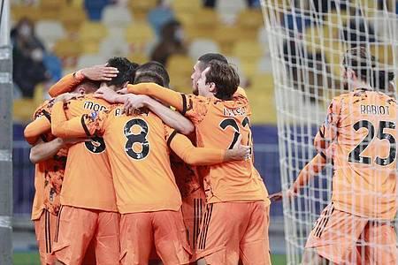 Juventus Turin gewinnt auch ohne Cristiano Ronaldo bei Dynamo Kiew. Foto: Valentyn Ogirenko/Pool Reuters/AP/dpa