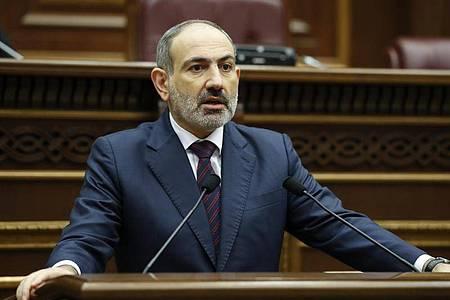 Armeniens Regierungschef Nikol Paschinjan. Foto: Tigran Mehrabyan/Armenian Prime Minister Press Service/PAN Photo/AP/dpa