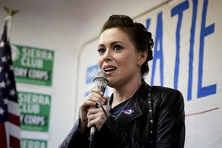 Alyssa Milano bei einer Wahlkampfveranstaltung 2018. Foto: Chris Carlson/AP/dpa