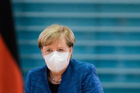 Angela Merkel vergangene Woche vor Beginn einer Sitzung des Bundeskabinetts. Foto: Markus Schreiber/AP-Pool/dpa