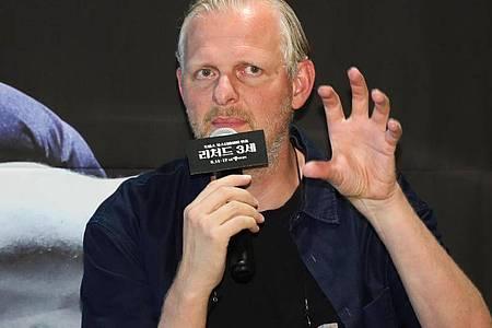 Thomas Ostermeier nutzt das Netz als Bühne. Foto: ---/YNA/dpa