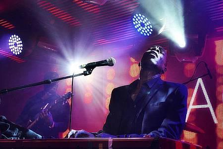 Der britische Popmusiker Roachford hat ein neues Album: ««Twice In A Lifetime». Foto: Sharon Foley/BMG/dpa