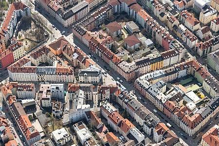 Mietwohnungen können wohl doch ohne weitere Hürden in Eigentumswohnungen umgewandelt werden. Foto: Sina Schuldt/dpa