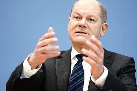 Kann Bundesfinanzminister Olaf Scholz (SPD) die schwarze Null halten? Es wird vom Fortgang der Coronakrise abhängen. Foto: Kay Nietfeld/dpa