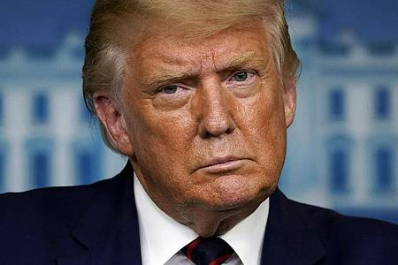 US-Präsident Donald Trump: «Wir haben noch keine Beweise gesehen, aber werden es uns anschauen.». Foto: Evan Vucci/AP/dpa