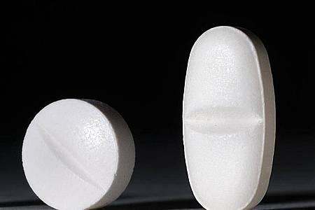 In Apotheken werden Paracetamol und Ibuprofen weitgehend ohne Rezept verkauft. Foto: Franziska Gabbert/dpa/Archiv