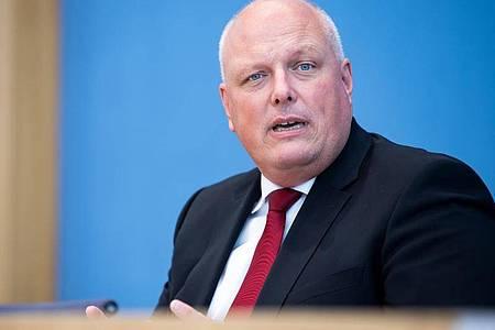 Ulrich Kelber (SPD) ist der Bundesbeauftragte für den Datenschutz und die Informationsfreiheit (BfDI). Foto: Bernd von Jutrczenka/dpa