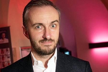 Jan Böhmermann geht ab November im ZDF an den Start. Foto: Christophe Gateau/dpa