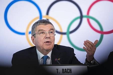 IOC-Chef Thomas Bach gab zu, dass die Neuorganisation der Olympischen Spiele eine «Mammutaufgabe» sei. Foto: Jean-Christophe Bott/KEYSTONE/dpa