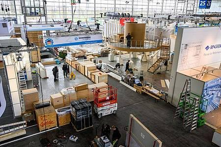Aufbau der Hannover Messe. Foto: Christophe Gateau/dpa