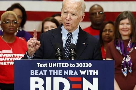 Joe Biden spricht auf einer Wahlkampfveranstaltung. Die Abstimmung in Michigan gilt bei dem Rennen als wichtiger Indikator für die Stärke der Bewerber. Foto: Paul Vernon/AP/dpa