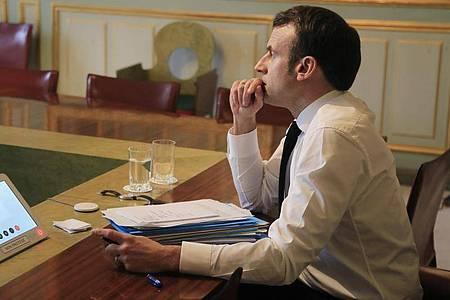 Die Kommunalwahlen gelten als Stimmungstest für Präsident Emmanuel Macron - seine Partei La République en Marche ist in den Regionen kaum verankert. Foto: Michel Euler/AP POOL/dpa