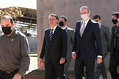 Jair Bolsonaro, Präsident von Brasilien, nimmt an einer Veranstaltung in Brasilia ohne Schutzmaske teil. Foto: Marcos Corrêa/Palacio do Planalto/dpa