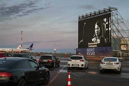 Beim «Aerocinema»-Festival werden Filme aus verschiedenen Ländern gezeigt. Foto: Mindaugas Kulbis/AP/dpa