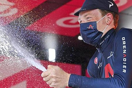 Gesamtsieger der 103. Giro d`Italia: Tao Geoghegan Hart. Foto: Marco Alpozzi/LaPresse/AP/dpa