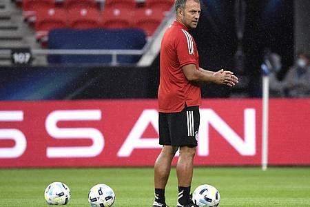 Bayern-Trainer Hansi Flick muss mit seinem Team bei der TSG 1899 Hoffenheim antreten. Foto: Attila Kisbenedek/Pool AFP/AP/dpa