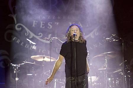 Robert Plant lässt mit einem neuen Album von sich hören. Foto: Stephen Macgillivray/The Canadian Press/AP/dpa