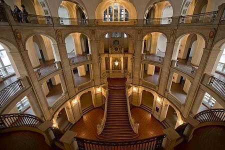 Die Eingangshalle des Kammergerichtes Berlin, Deutschlands größtes Strafgericht. Foto: Tim Brakemeier/dpa