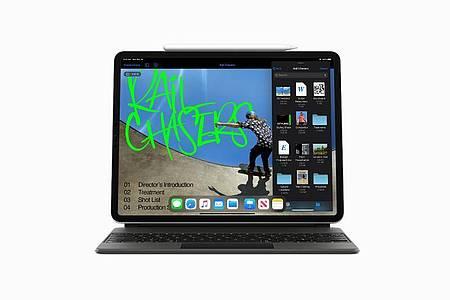 Das iPad Pro uterstützt nun auch die Steuerung per Trackpad - wie bei einem Notebook. Foto: Apple/dpa-tmn