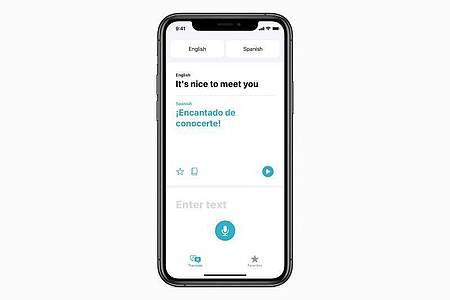 Verständigung ab Werk: EineÜbersetzer-App soll künftig fester Bestandteil des iOS-Betriebssystems sein. Foto: Apple Inc./dpa-tmn