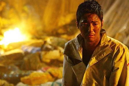 Gibt es noch Hoffnung?Hyuk Jang als Sanitäter Jigu. Foto: -/Busch Media Group/dpa