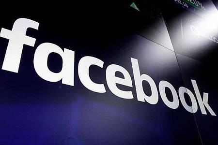 Facebook und seine Inhalte-Prüfer in den USA, die ihr Job krank gemacht hat, haben sich in einem Gerichtsverfahren auf eine Zahlung von 52 Millionen Dollar geeinigt. Foto: Richard Drew/AP/dpa