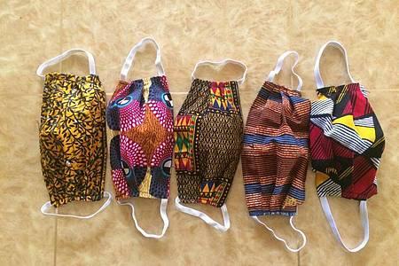 Selbstgenähte Mundschutzmasken aus Stoff von der Firma Love Artisan in Nairobi. Foto: Michelle Vugutsa/Love Artisan Kenya/dpa