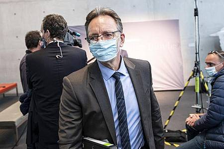 Holger Münch, BKA-Präsident, kommt zur öffentlichen Sitzung des Bundestags-Untersuchungsausschusses zum Anschlag am Breitscheidplatz. Foto: Fabian Sommer/dpa