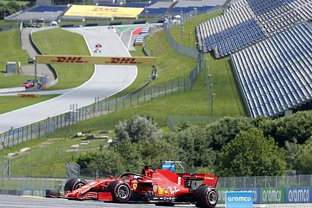 Die Formel 1 wagt im österreichischen Spielberg den Neustart. Foto: Darko Bandic/AP/dpa