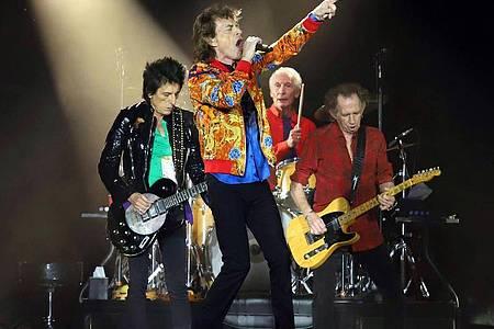 Spielen weiterhin ganz oben mit: Ronnie Wood (l-r), Mick Jagger, Charlie Watts und Keith Richards von den Rolling Stones (2019). Foto: Greg Allen/Invision/dpa