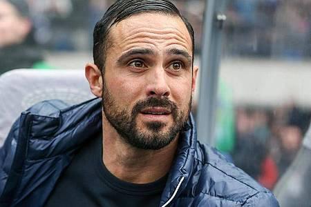 Wird in der neuen Saison nicht mehr Trainer von Hertha BSC sein: Alexander Nouri. Foto: Andreas Gora/dpa