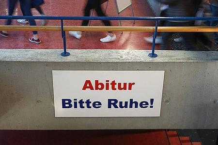 Die Abiturprüfungen sollen wegen der Corona-Krise in Schleswig-Holstein abgesagt werden. Foto: Thomas Warnack/dpa