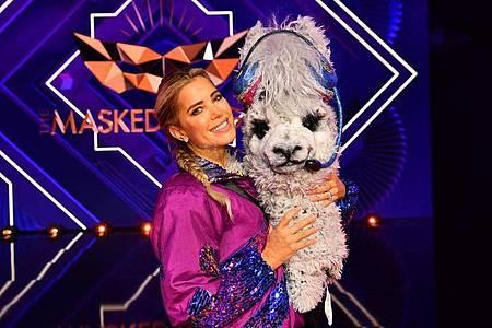 Gar kein zotteliges Wolltier: Aushilfs-Alpaka Sylvie Meis muss bei «The Masked Singer» die Hufen schwingen. Foto: Willi Weber/ProSieben/dpa