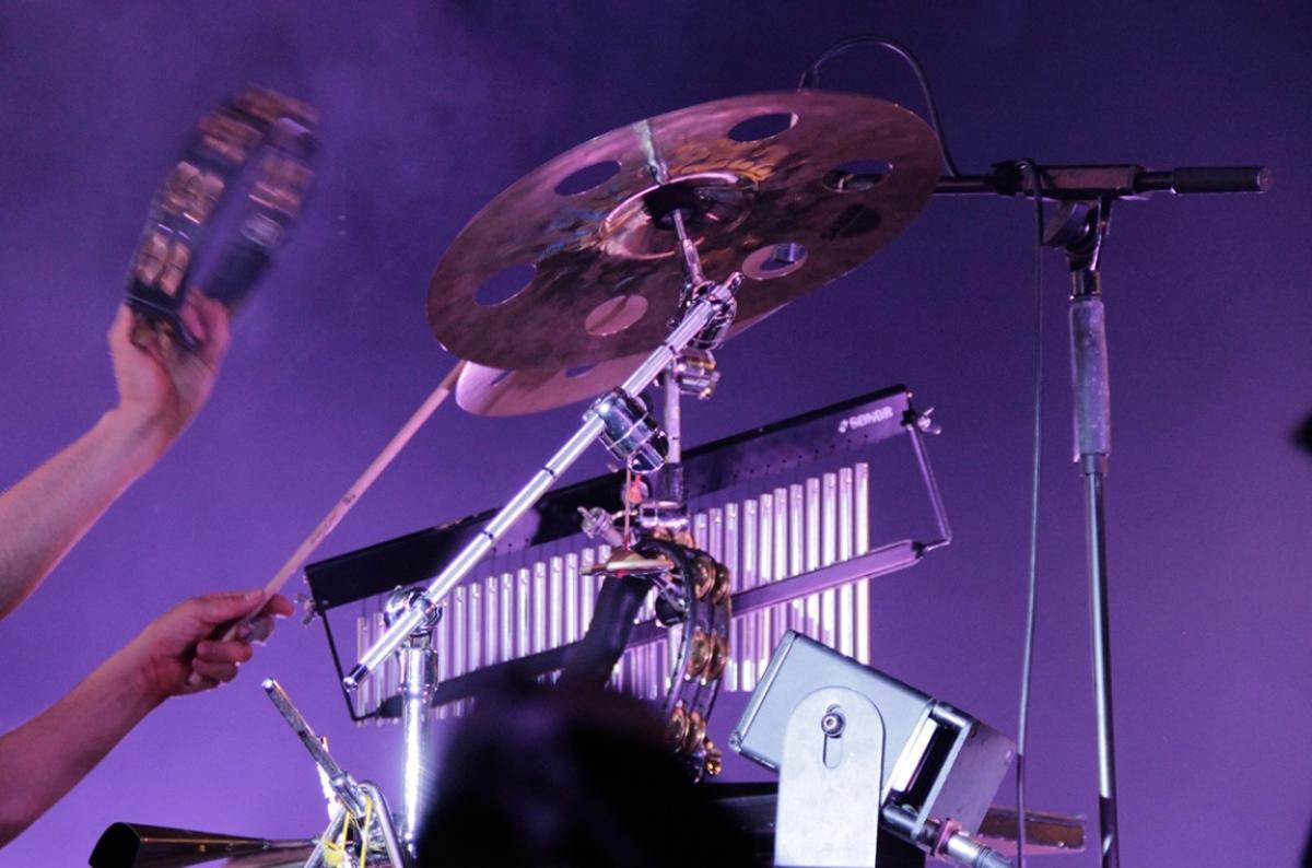 Schlagzeug spielen
