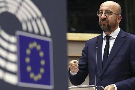 EU-Ratspräsident Charles Michel hat den Mitgliedsstaaten einen Kompromissvorschlag unterbreitet. Foto: Yves Herman/Reuters Pool/AP/dpa