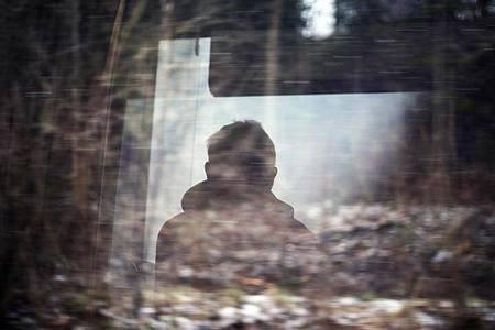 Grübeln ist eines der typischen Stresssymptome, wenn Menschen an ihre Belastungsgrenzen stoßen. Foto: Karl-Josef Hildenbrand/dpa/dpa-tmn