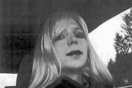 Die ehemalige Wikileaks-Informantin Chelsea Manning (undatierte Aufnahme) mit Perücke. Foto: Uncredited/U.S. Army/dpa