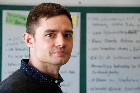 Janosch Schobin ist Soziologe und leitet die BMBF-Nachwuchsgruppe DeCarbFriends an der Universität Kassel. Foto: David Wüstehube/Uni Kassel/dpa-tmn