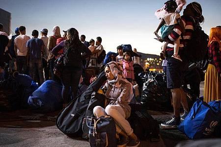 Polen, Ungarn und Tschechien haben nach dem Urteil des Europäischen Gerichtshofs in der Flüchtlingskrise mit ihrer Verweigerung gegen EU-Recht verstoßen. Foto: Socrates Baltagiannis/dpa