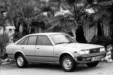 "Die fünftürige Liftback-Variante des Toyota ""Corona"" vom japanischen Automobilunternehmens Toyota. Foto: Friedhelm Lang/dpa"